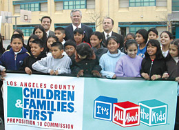 Photo of kids with L.A. Mayor